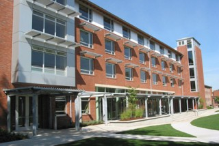 U of O Living & Learning Center